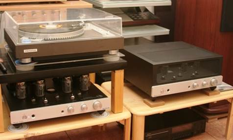 Attend to experience Cronus Magnum KT120: Denon DC300 CD; Pioneer XL-1,551 coal disc; Cronus Magnum KT90 amplifier and pairs of Tech wood S6C loudspeaker; Kenwood KL-5,080, Images in Grey dB10.6.