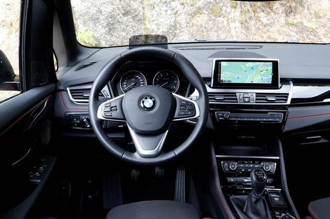 Step inside and the spacious, high quality interior of the 2 Series Active Tourer still impresses