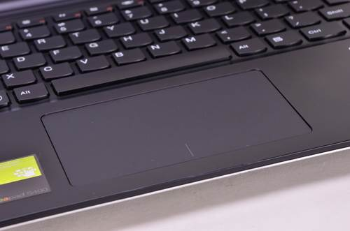 The right/left mouse right on the bottom edge of the touchpad duties easily.