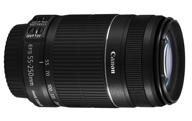 This telephoto zoom lens is designed with Canon's Optical Image Stabilizer technology while retaining compactness and lightness, in response to demands of photographers.