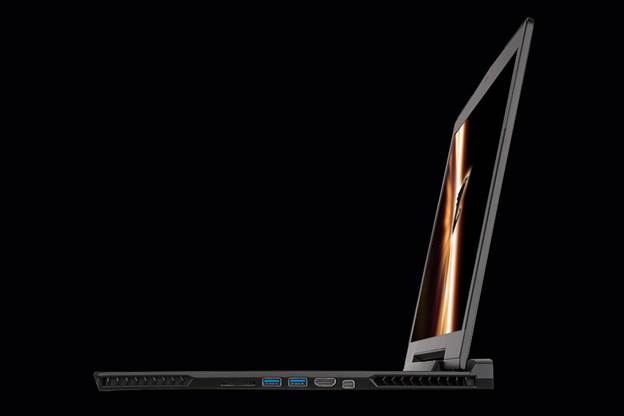 With the X7, Aorus, an upstart brand that made its first public appearance at this year's CES, manages to pack in some pretty hefty hardware