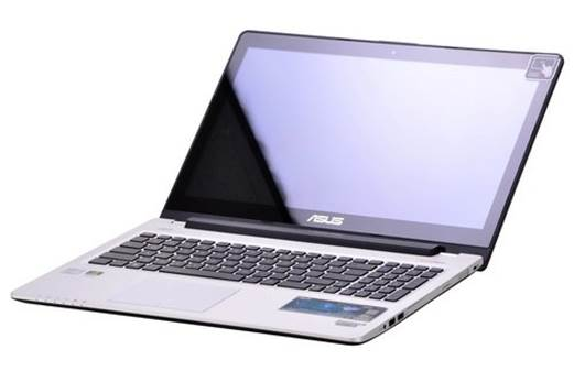 S550CM is among few existing ultrabooks equipped with a 15.6in capacitive touchscreen