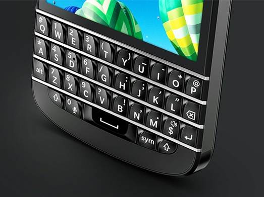 The Q10's highlight is definitely its keyboard
