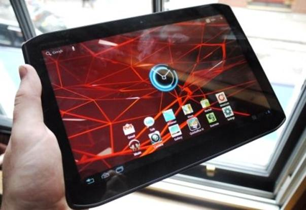 Description: The lack of expansion options will put many people off the Xoom 2