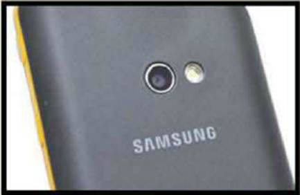 Description: The 5-megapixels camera can be used in tandem with the projector to turn it into an OHP.